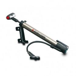 Mini pompa con attacco per bicicletta